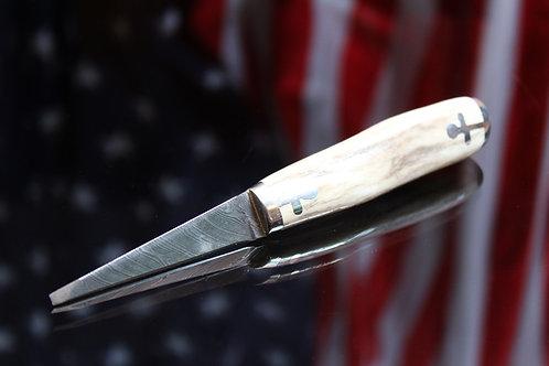 Antique Traditional Antler ScrewKnife (Light/Dark)