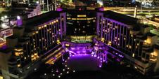 MS Milenium Hotel de noche