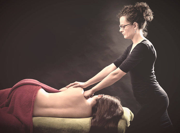 women relaxing massage