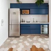 decoração-para-cozinha-azul-piso-hexagon
