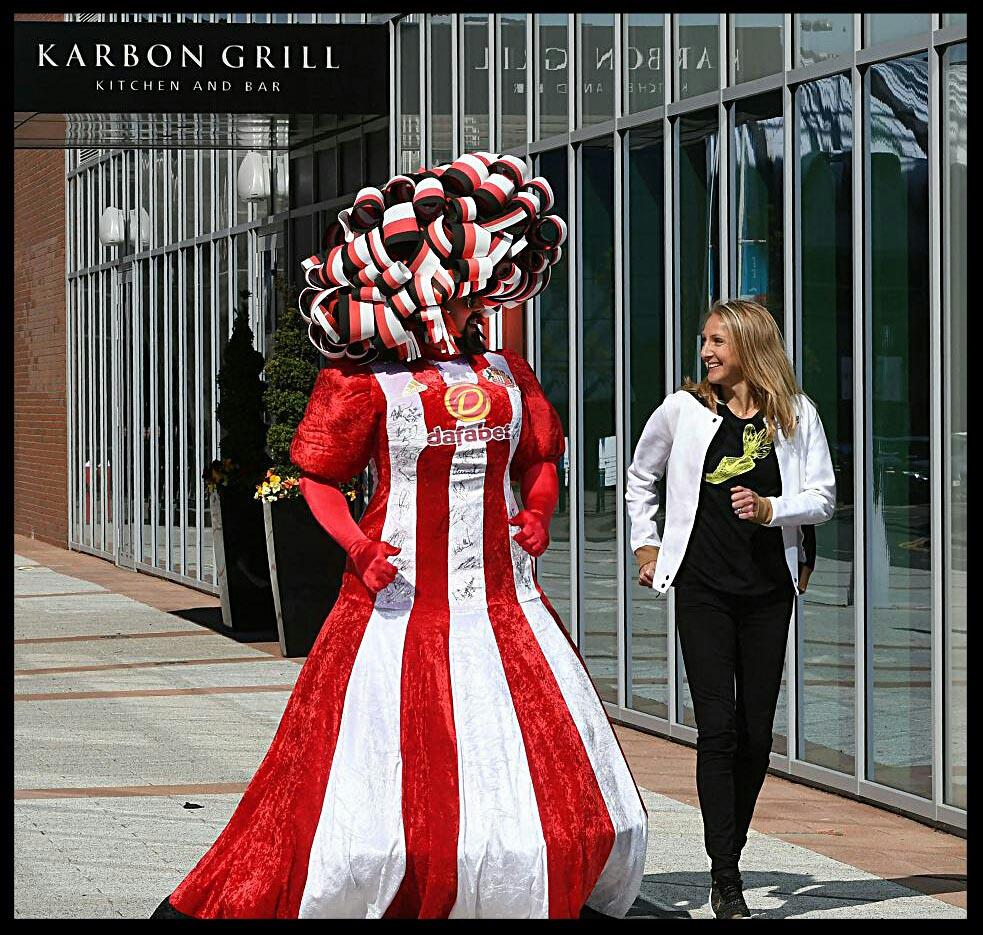 Big-Pink-Dress-THAT-Branding-Company-Sunderland-10km-2017-00095