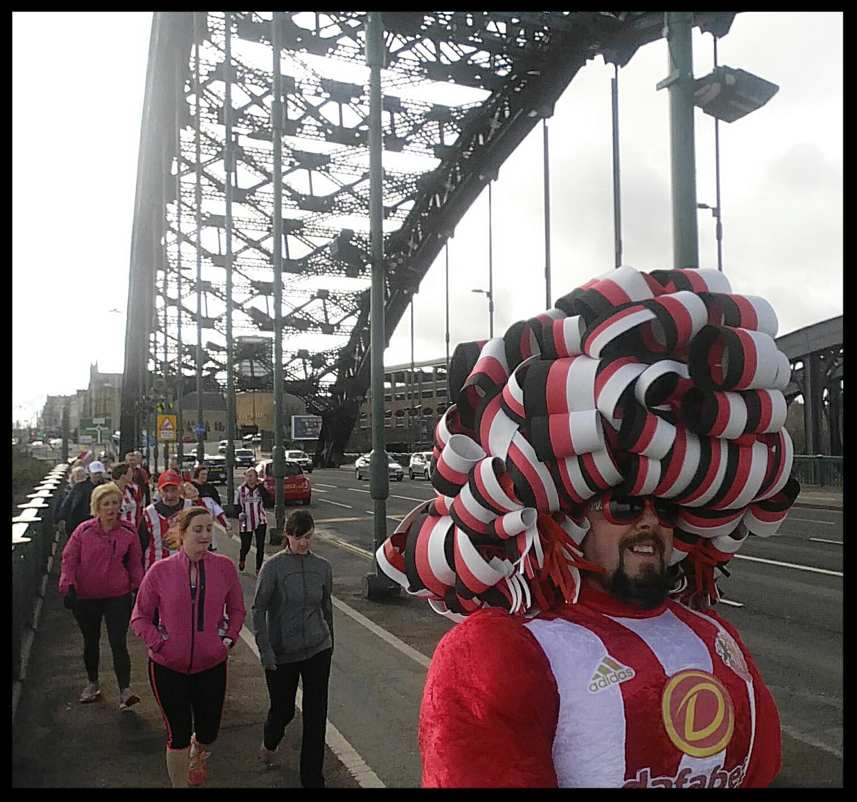 Big-Pink-Dress-THAT-Branding-Company-Sunderland-10km-2017-00083