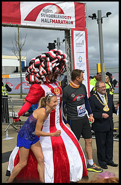 Big-Pink-Dress-THAT-Branding-Company-Sunderland-10km-2017-00127