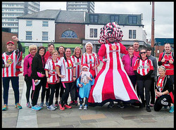 Big-Pink-Dress-THAT-Branding-Company-Sunderland-10km-2017-00070