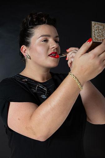 lipstickcrop.jpg