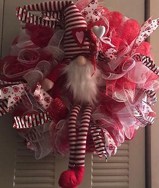 mesh gnome wreath.jpg