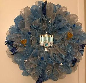 Mesh hanukkah wreath.jpg