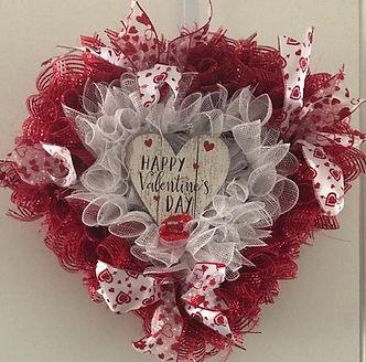 mesh valentine day with wooden heart.jpg