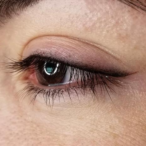 eyelinerclass.jpg