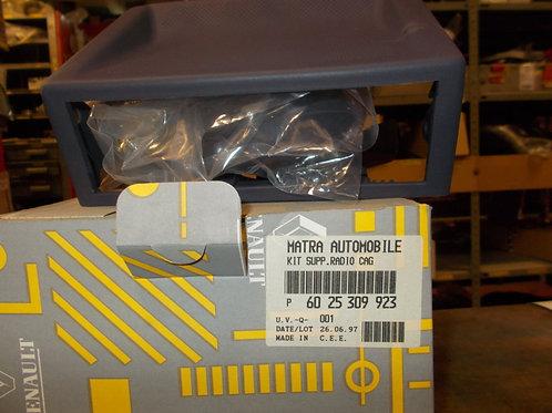 6025309923 Supporto autoradio cruscotto Originale Renault