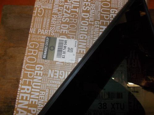 833074804R Vetro fisso porta Originale Renault