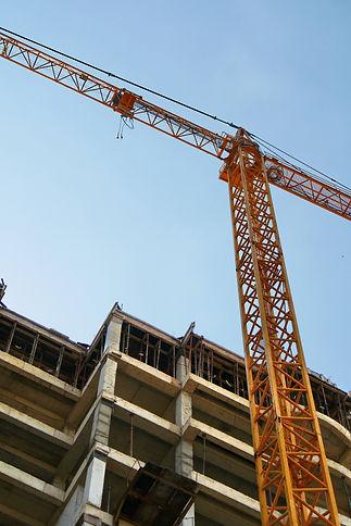 Crane. Self-erection crane over construc