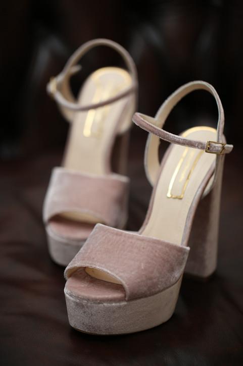 Queen Fonda. 14 cm. Terciopelo rosa.