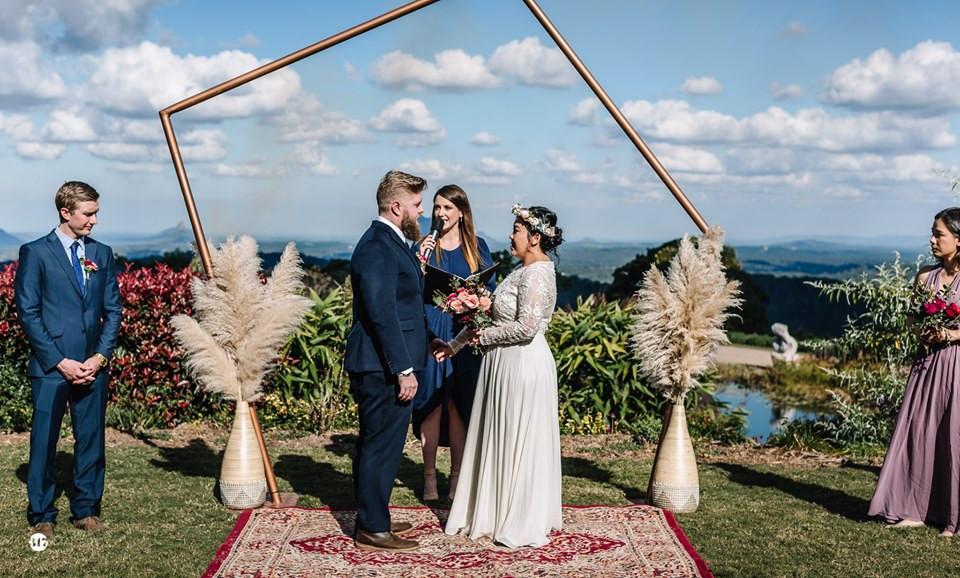 Wedding flowers, wedding ceremony flowers