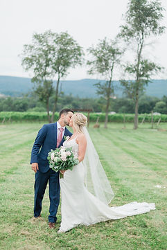 Holly&Jon_KaleroVineyard_Wedding_0821202
