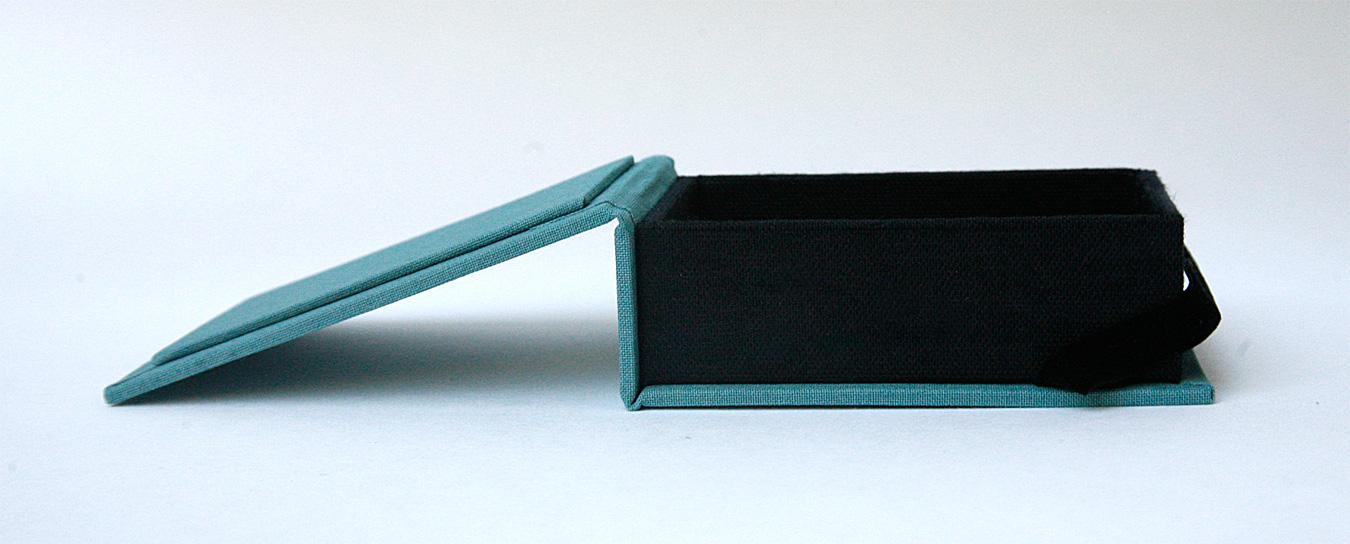 Box_Mini_Teal_Black4