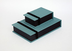 Box_Mini_4x6_Teal_Black2