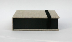Box_4x4_Beige_Black3