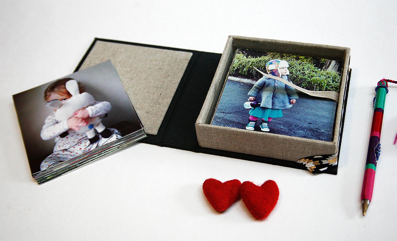 Box_4x4_Photos_Inside
