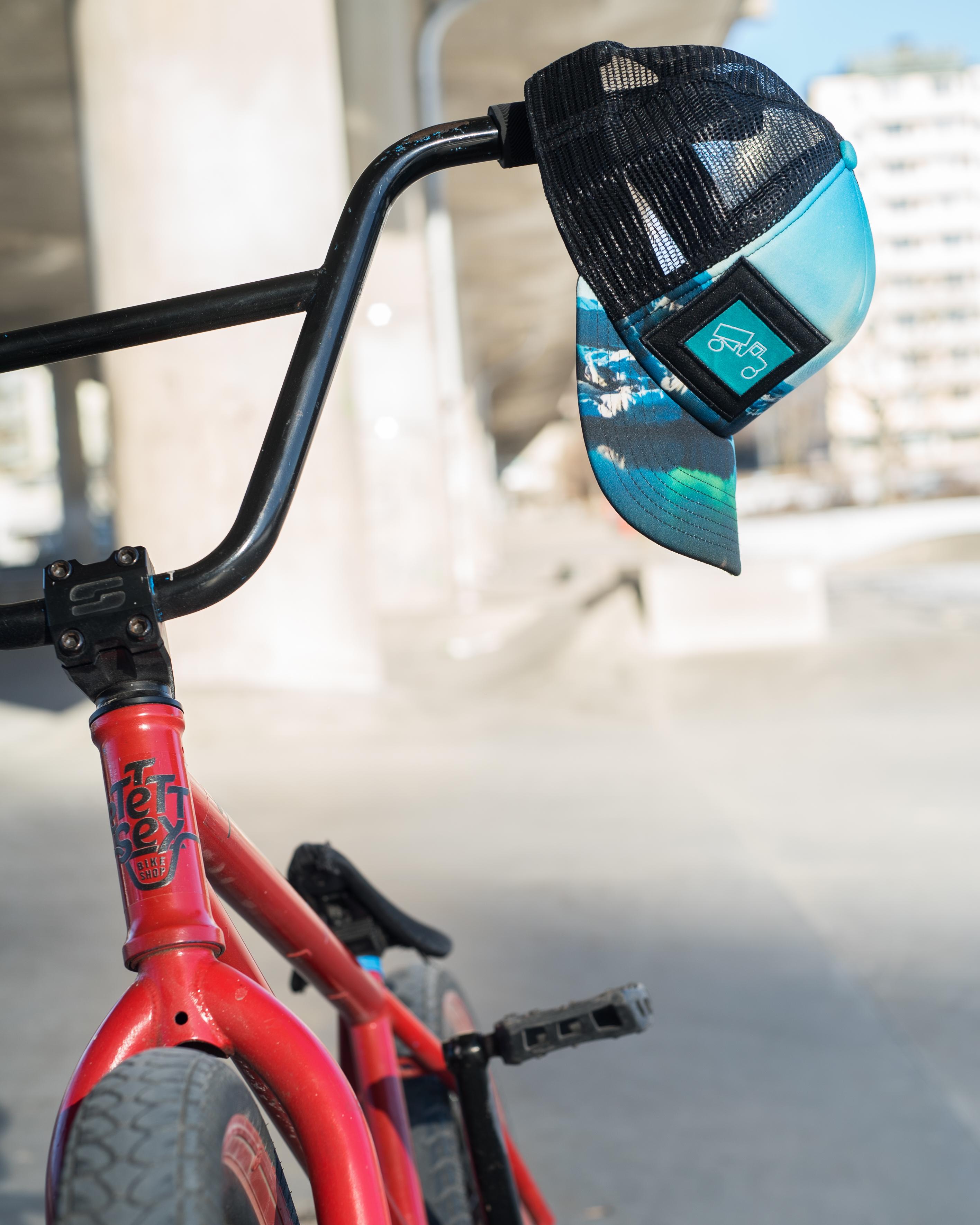 parkerad cykel