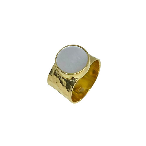 Hammered mother of Pearl cocktail ring