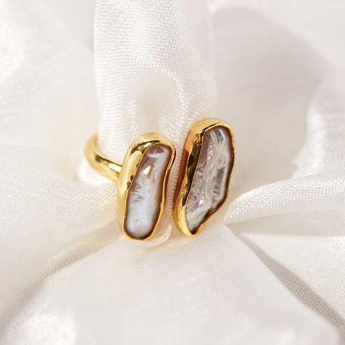 Kesha Double Baroque pearl ring