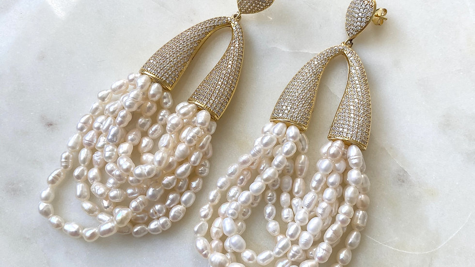 Luxe Threaded Pearl loop earrings