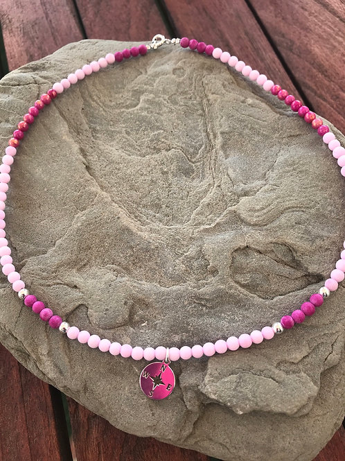 Gargantilla piedra natural y colgante rosa de los vientos en plata de ley