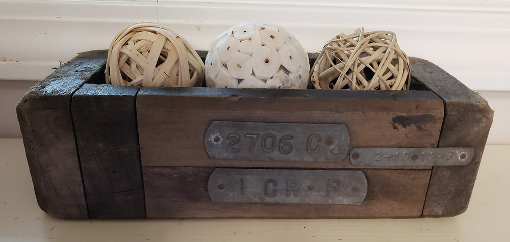 These handmade boxes can be used to hold natural spheres (as shown here), small votive candle holders, floral and more!