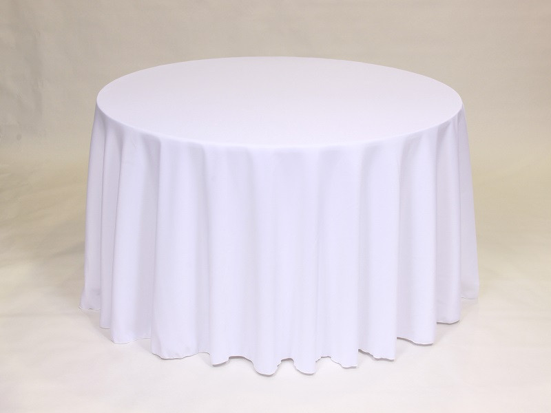 Yes, we carry this tablecloth. That doesn't mean it's our favorite!
