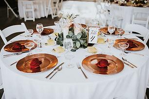 rose gold charger terracotta napkin.jpg