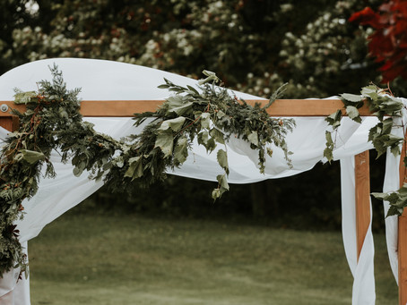 The Top 5 Ways to Tell Your Northern Michigan Wedding Story with Decor Rentals