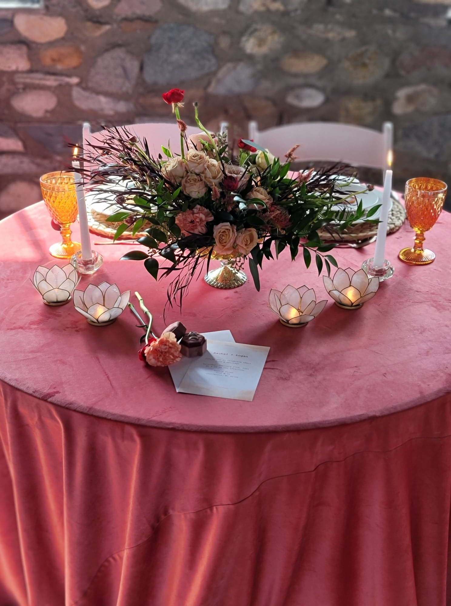 sweetheart table more linen showing