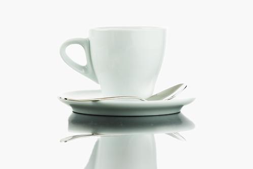 Kaffeetasse mit Untertasse und Löfferl
