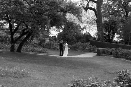 © Hochzeitsfotografin Ulrik Kiese beim Schloss am See.jpg