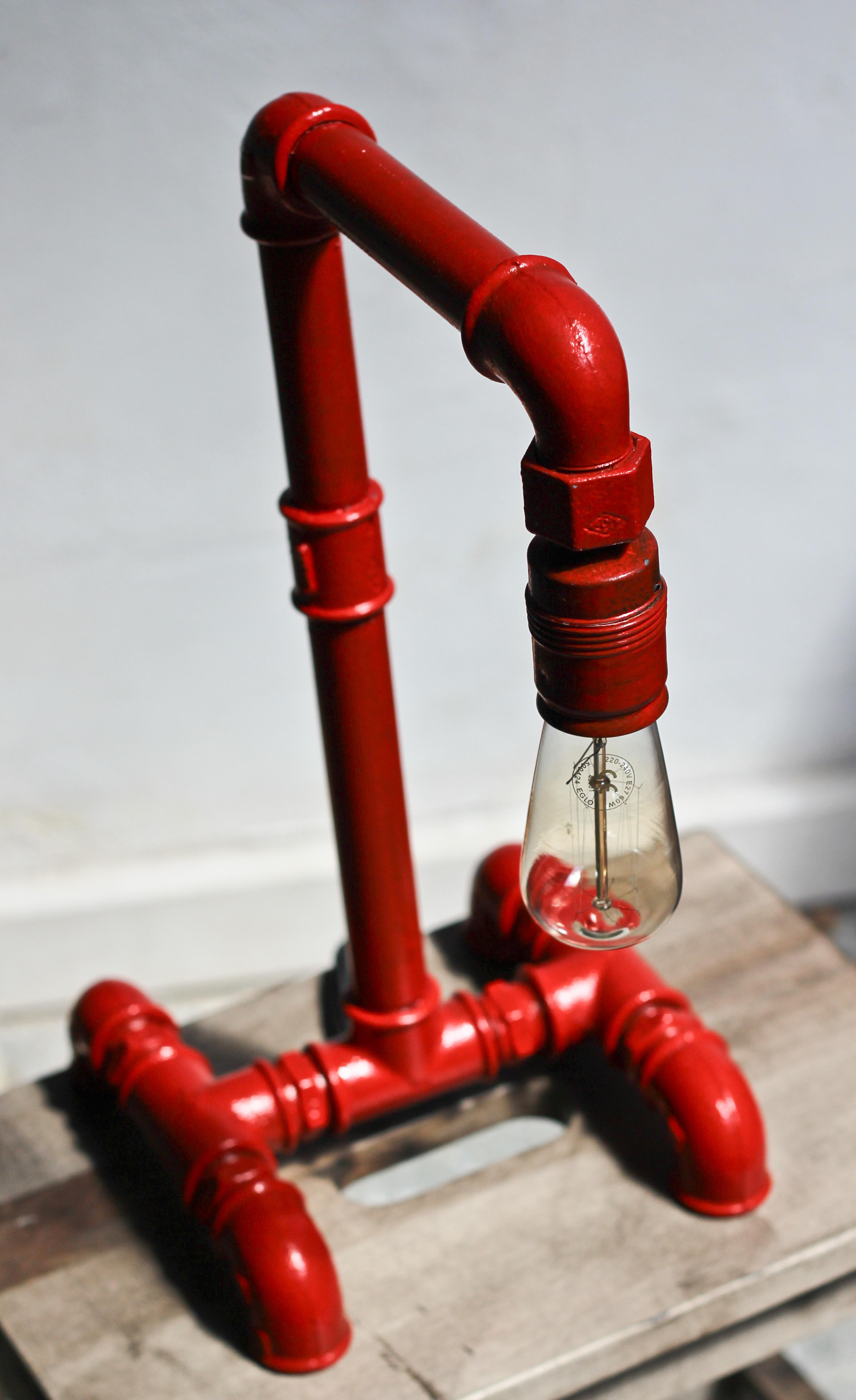 Industriální stolní lampa Hydrant