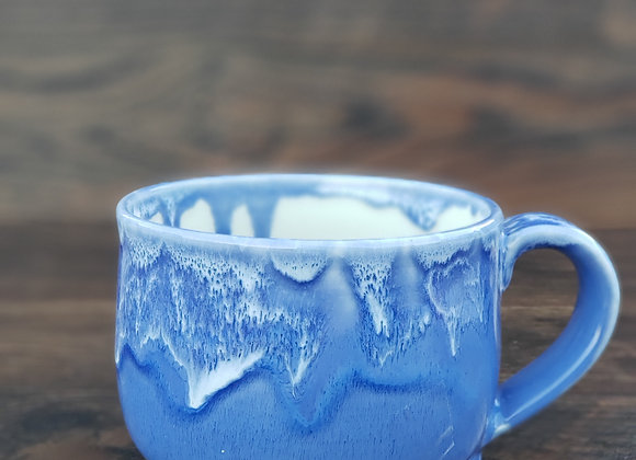 Mug, 16.7 Oz in a Lght Blue Glaze with White Dips