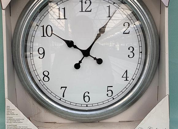 """18"""" Outdoor Clock"""