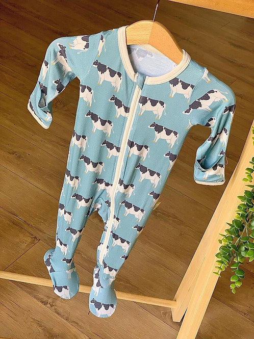 Kozi & Coi Footed Zip Pajama Blue Cows
