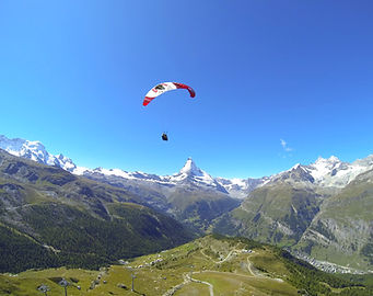 Rothorn%20Classic%20paragliding%20flight