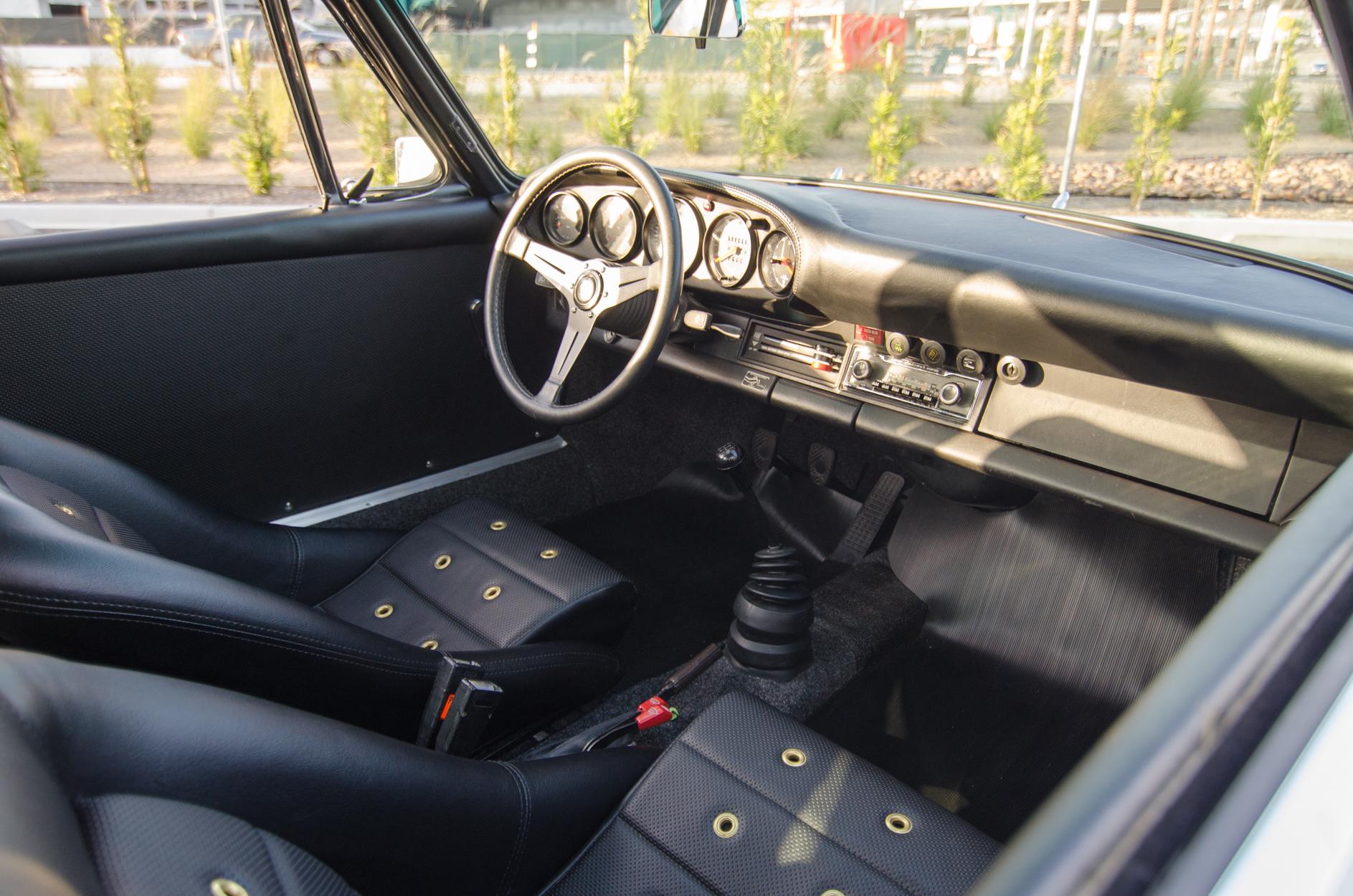 Porsche-79