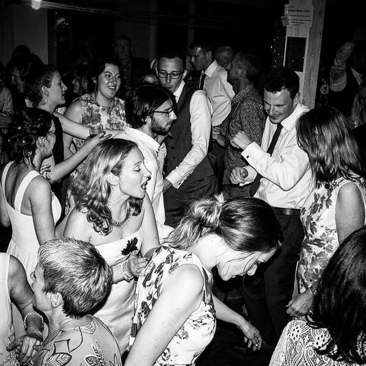 Wedding_Spinner_DJ.jpg