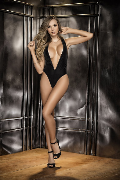 Body Style 8258 - Black