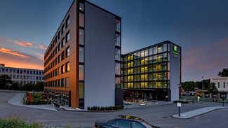 HOLIDAY INN EXPRESS HOTEL ZÜRICH FLUGHAFEN