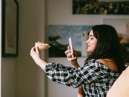 How food influencers help your brand grow on social media