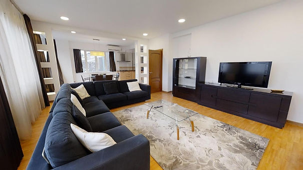 Apartament 3 camere  Primaverii