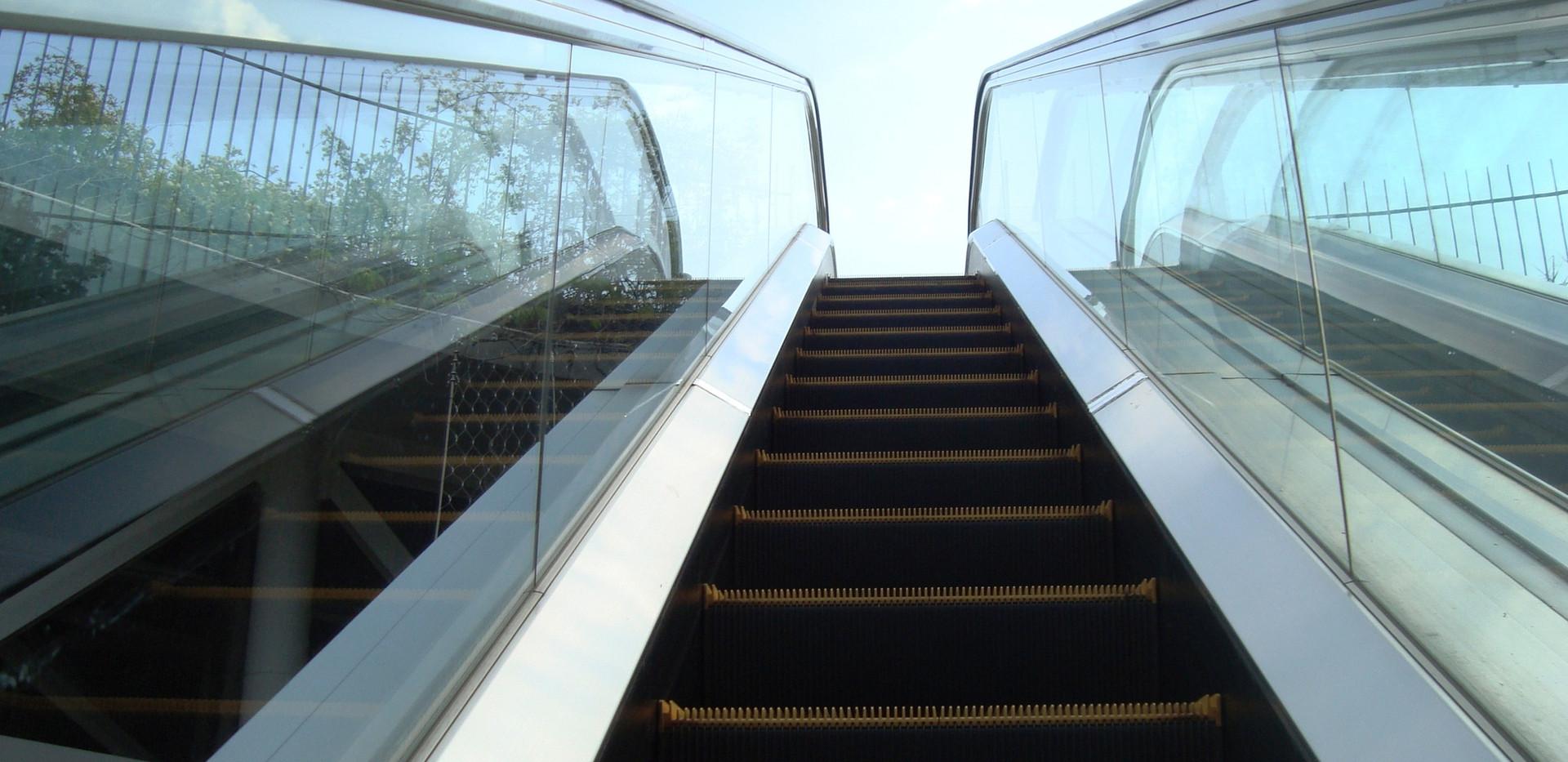 Escalator Cleaning