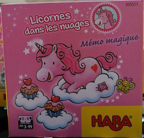 Licornes dans les nuages mémo magique