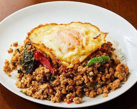 ガパオ ムー(豚挽肉のタイバジル炒めご飯)Stir fried Thai herb of minced pork and rice