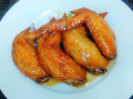 カイン ガー チェン ヌクマム(手羽先のヌクマム揚げ)Deep fried chicken wing Vietnam style